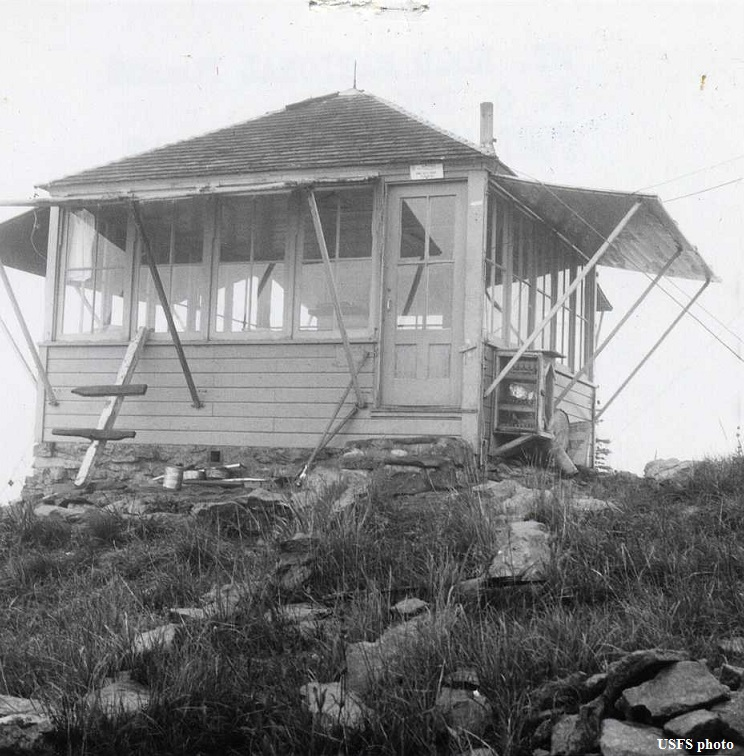 Bonney Butte Fire Lookout Cabin